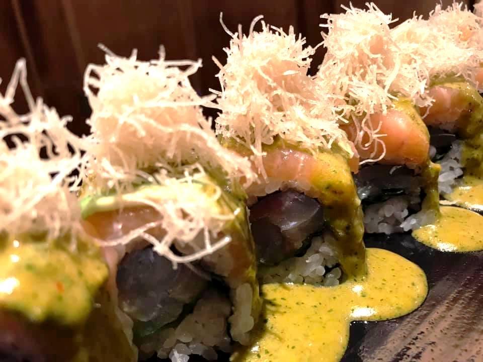 Jorudan Sushi - Rolls con Salmorejo verde e Crudo di Salmone con Pasta Kataifi