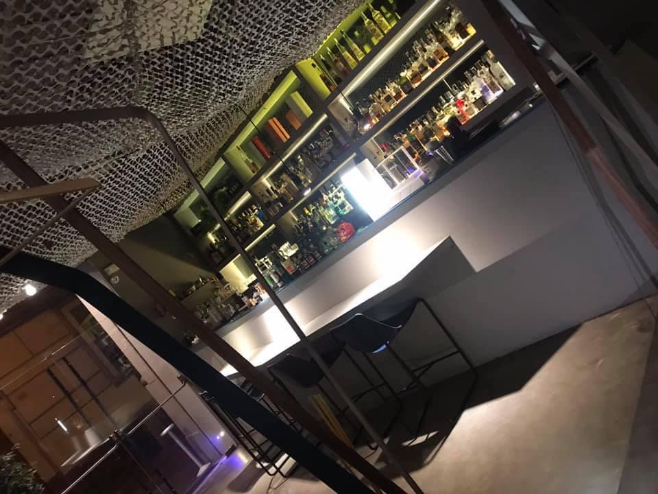 KKBB, Il Bancone Bar