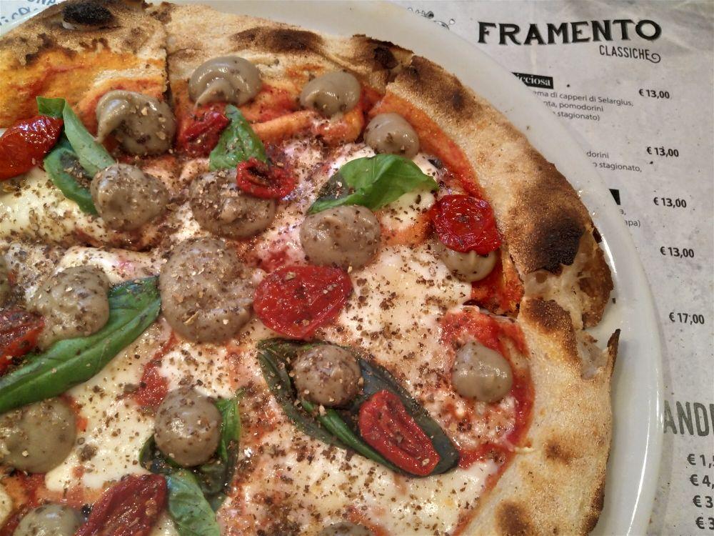 Framento Pierluigi Fais - pizza del giorno miss purple