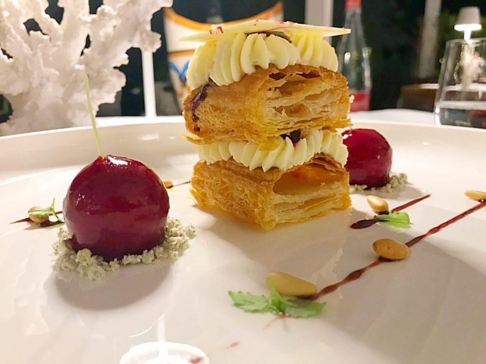 Jose' Restaurant - Millefoglie, ciliegie marinate, cioccolato bianco e gelato di pinoli