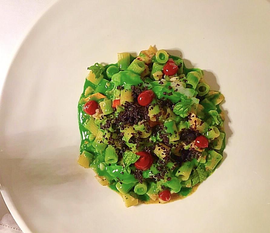 Jose' Restaurant - Tubetto al profumo di mare, olive e prezzemolo