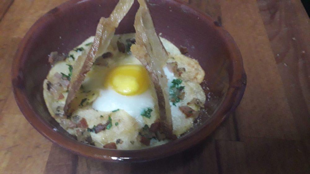 La Cantina - uovo con guanciale croccante
