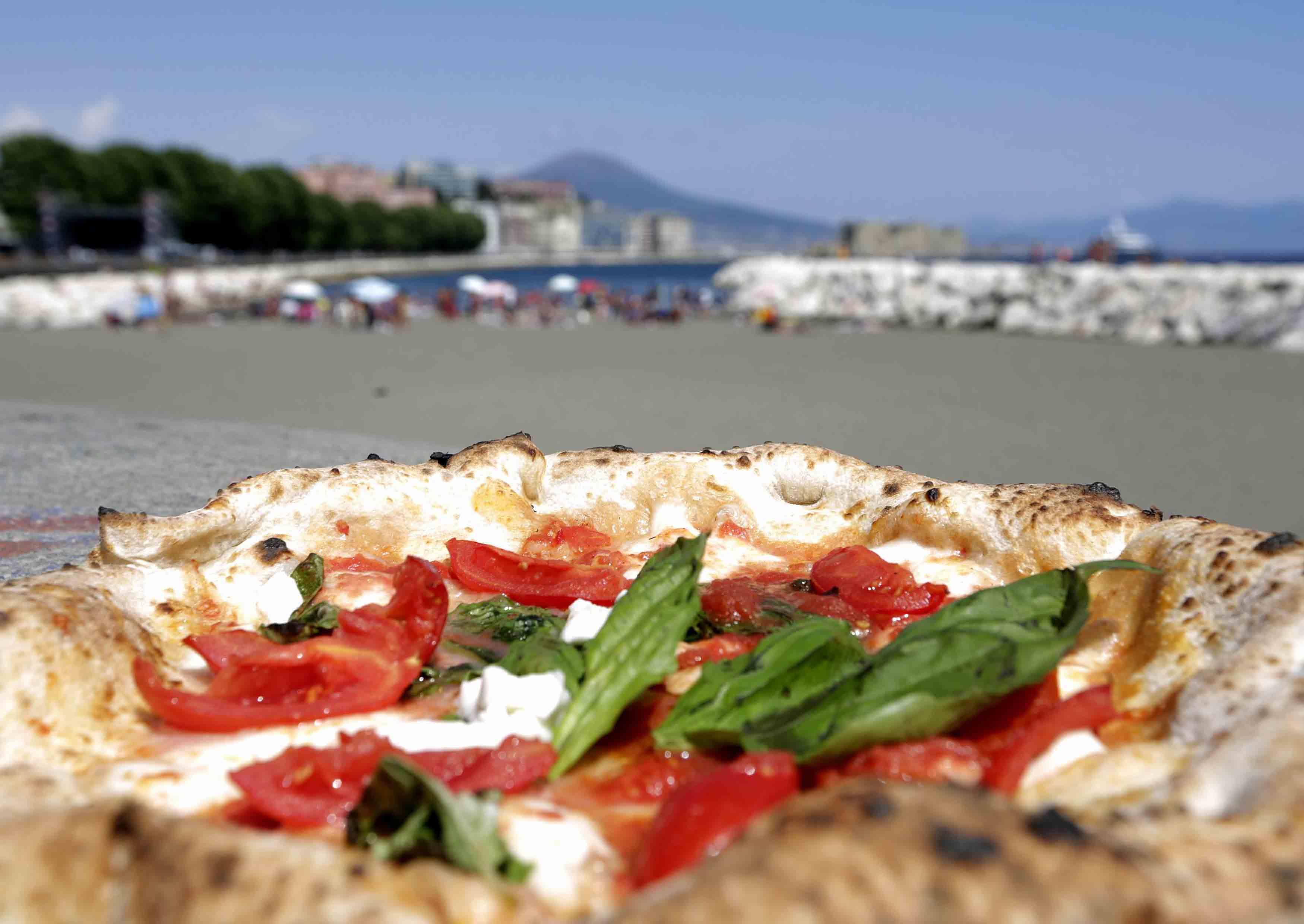 Napoli lungomare Caracciolo Immagini della precedente edizione del Pizza Village e del Trofeo Caputo . Ph: Stefano Renna / Riccardo Siano / Roberta De Maddi