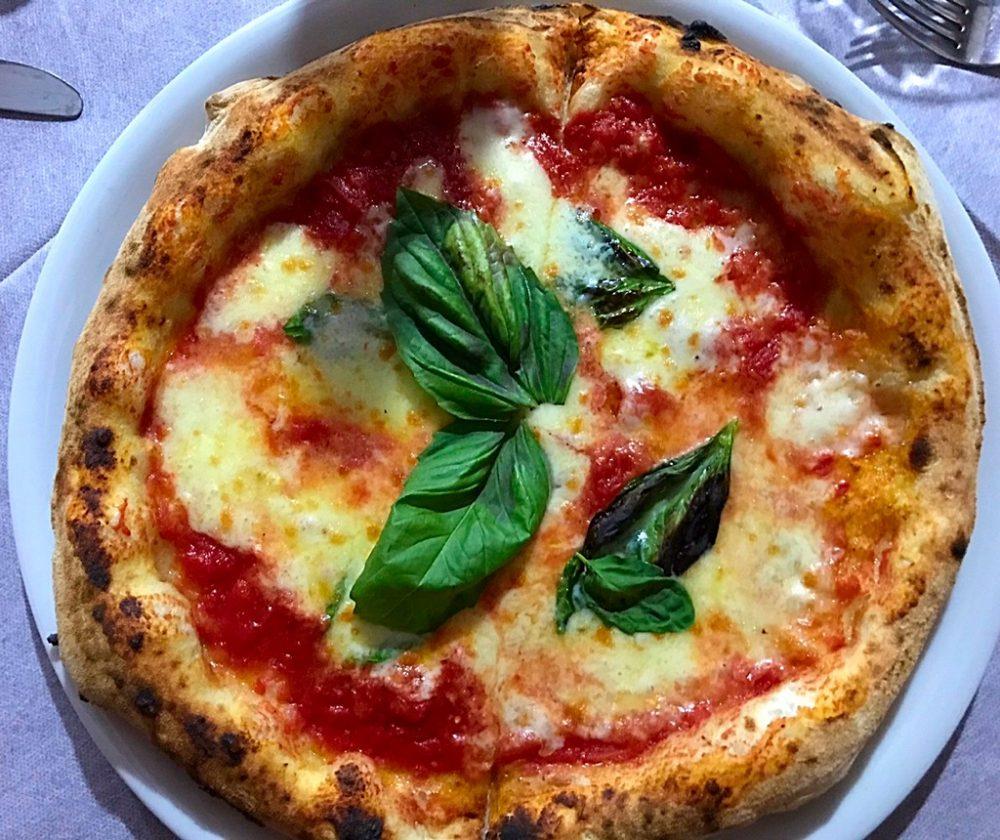 Pizzeria Raffaele Zaccariello - pizza Margherita