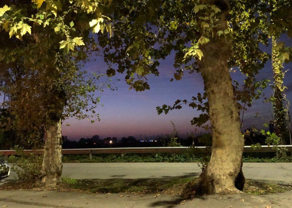 Antica Trattoria del Gallo, il tramonto lombardo dal parcheggio attiguo e riservato