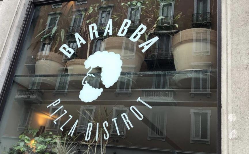 Pizzeria Barabba, insegna