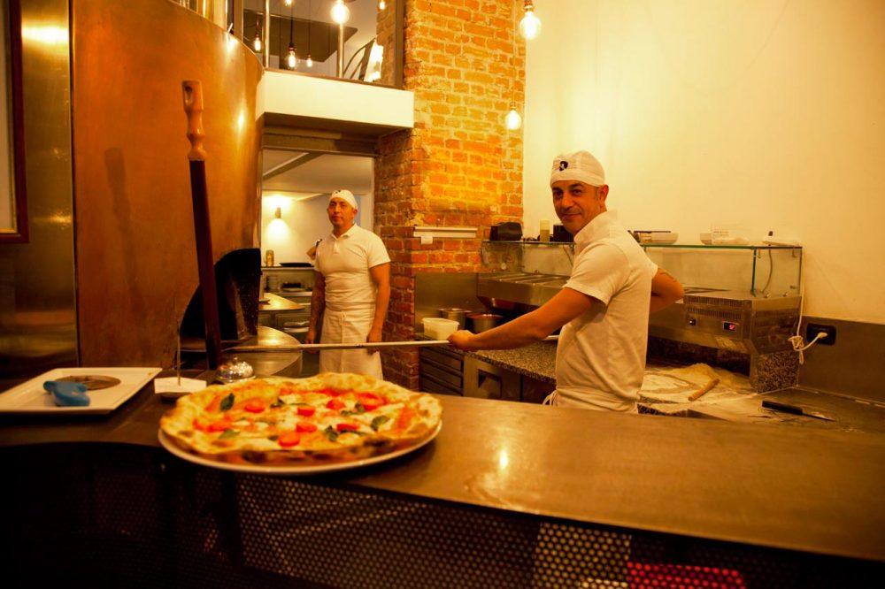 Pizzeria Barabba, forno e pizzaioli