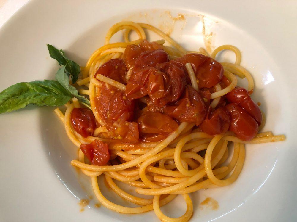 Osteria Diabasis, Ascea, spaghetti Vicidomini al pomodoro
