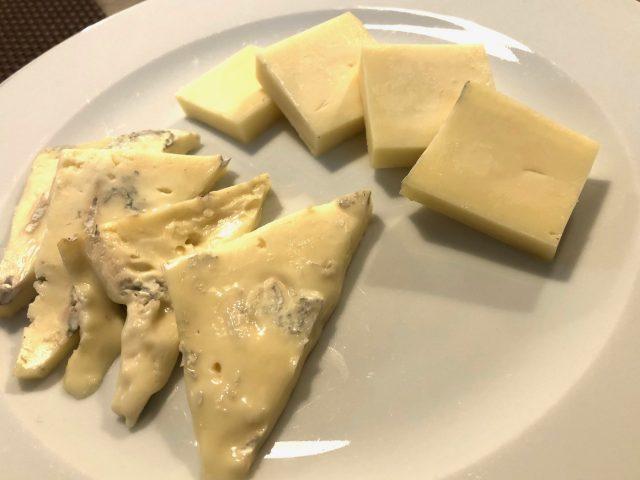 Trattoria Samperone, l'assaggio di formaggi