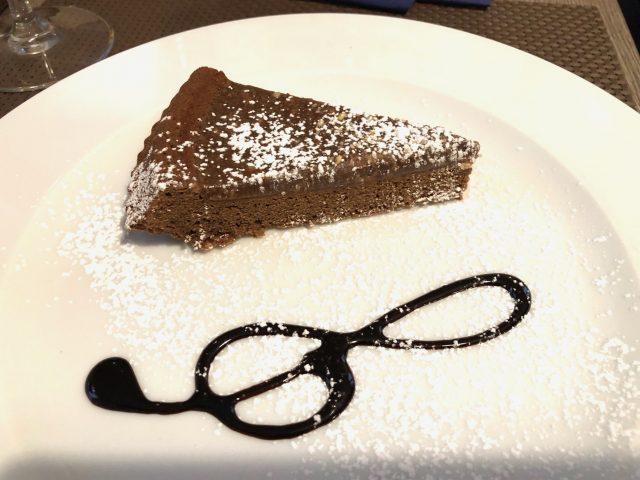 Trattoria Samperone, la torta al cioccolato fondente