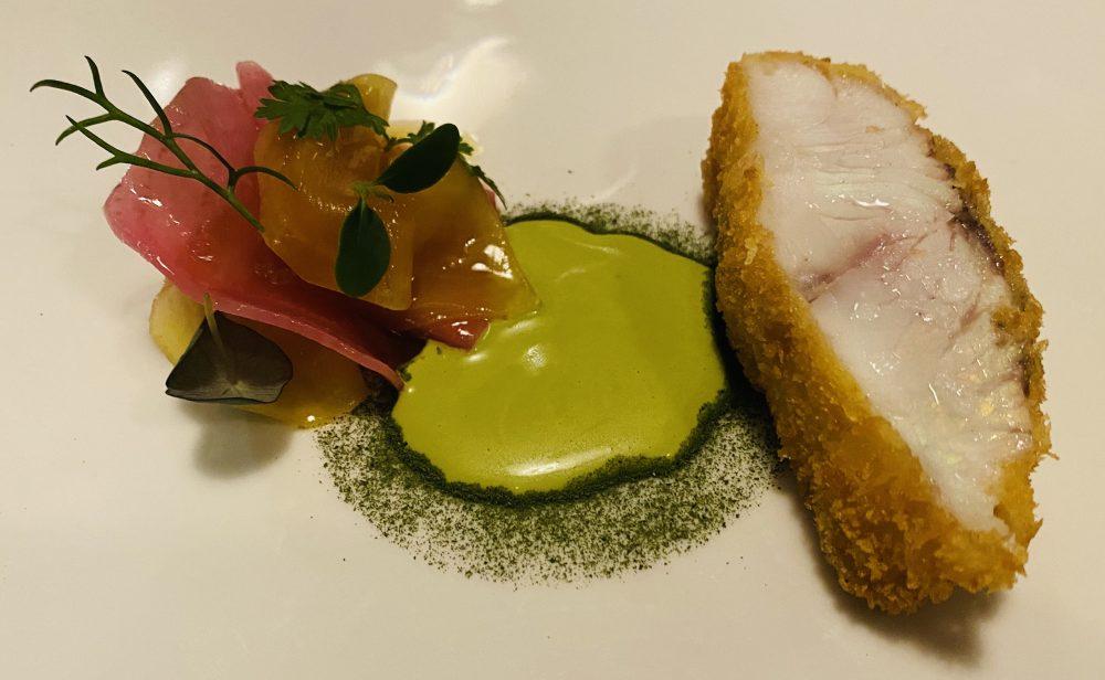 Marco Ambrosino - ombrina fritta, polvere di alga kombu, salsa bernese