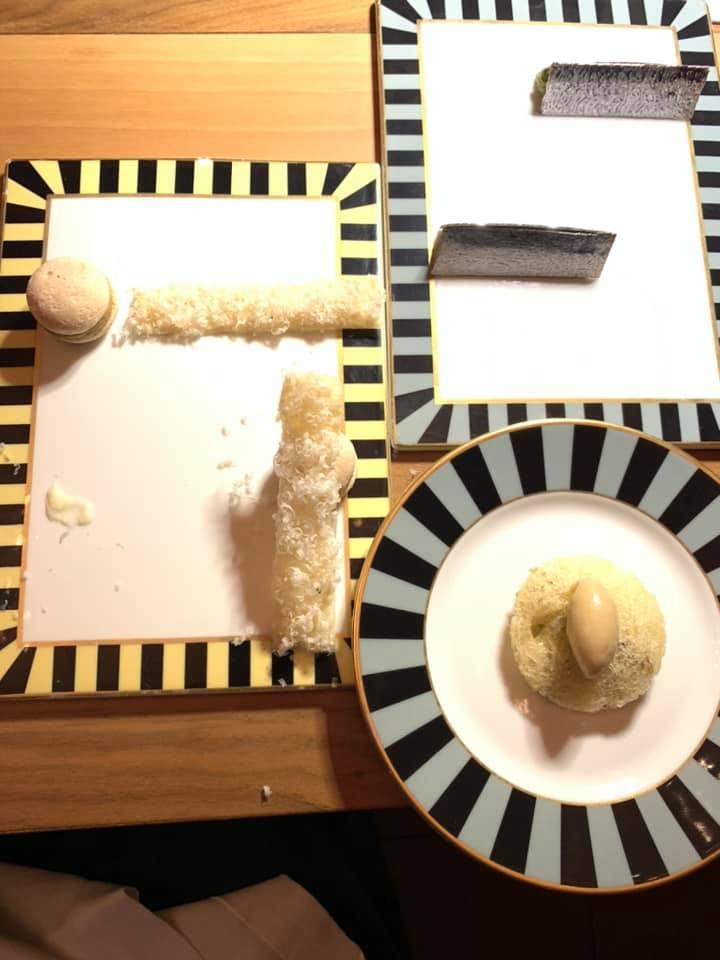 Massimo Bottura - aula in carpione, borlengo di parmigiano reggiano, questa non e' una sardina, macaron di coniglio alla cacciatora
