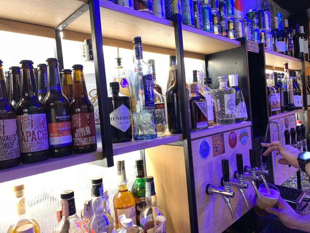 Bun House - area cocktail bar
