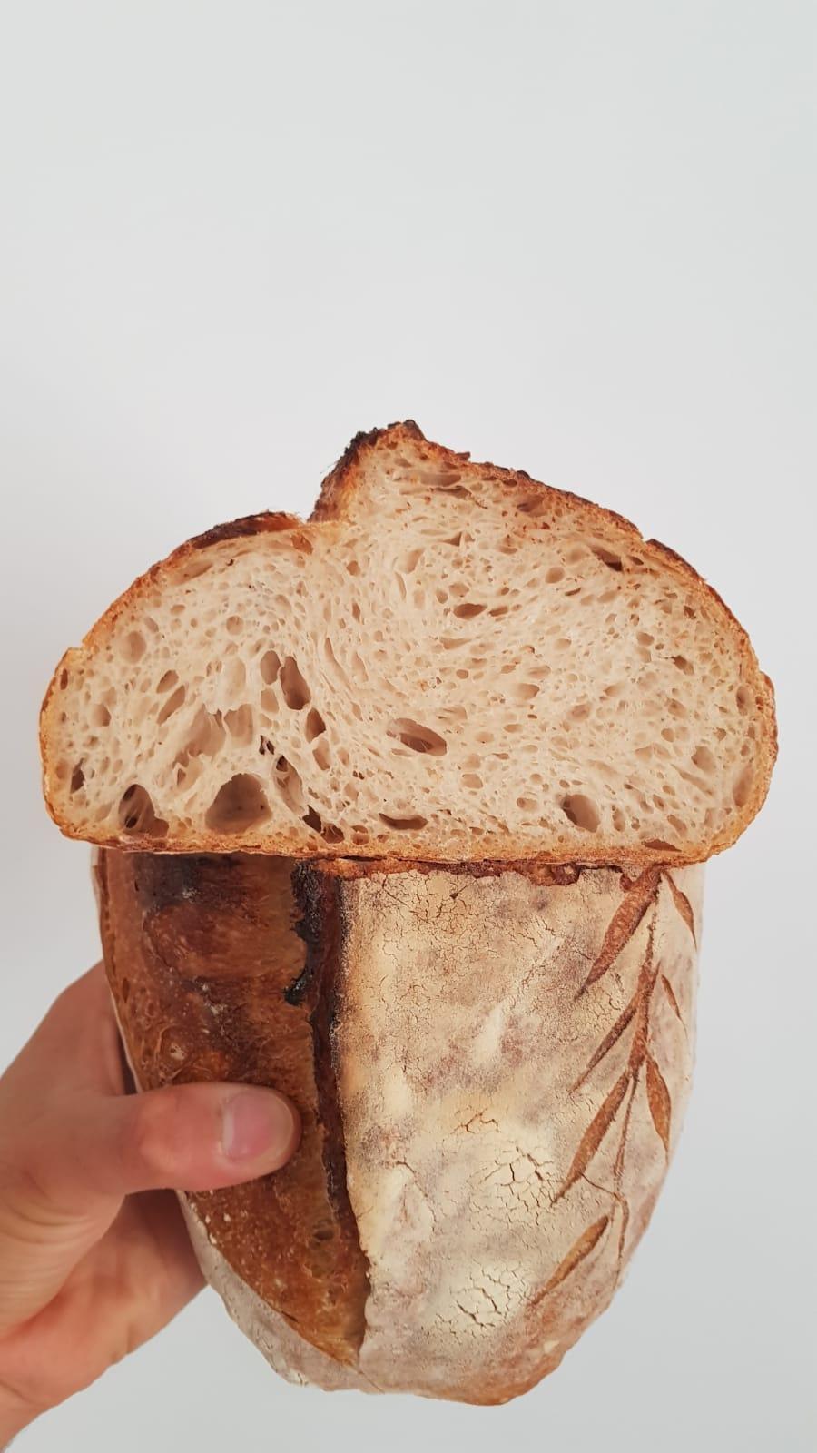 A Rota - Pizzeria Romanesca, il pane con lievito madre