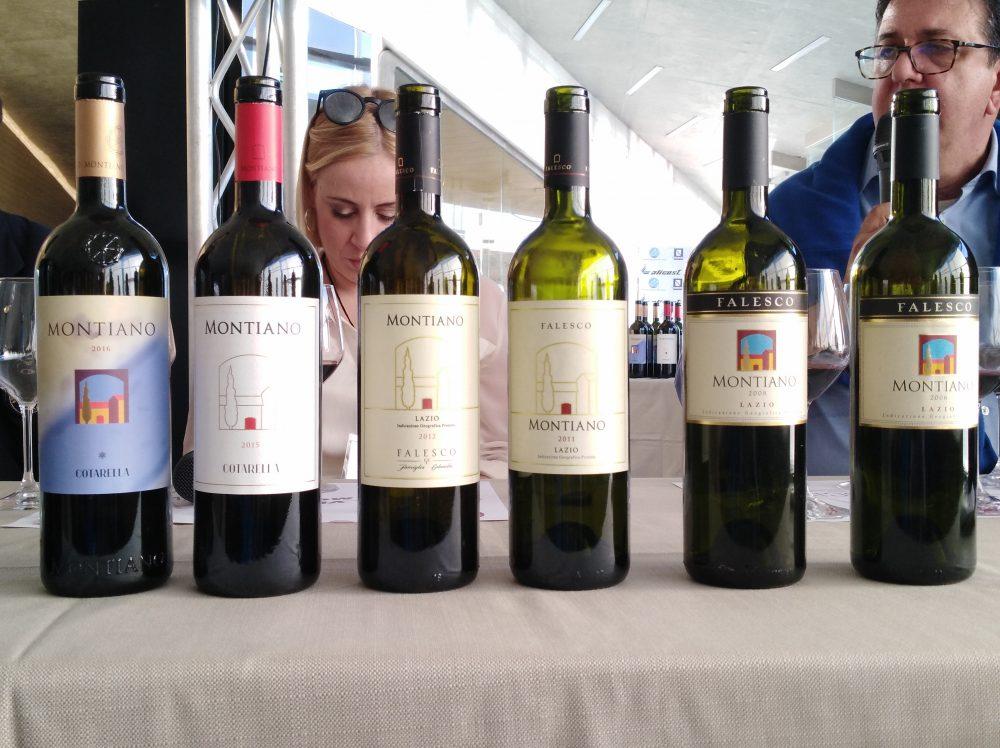 In Vino Civitas Bottiglie di Montiano in degustazione