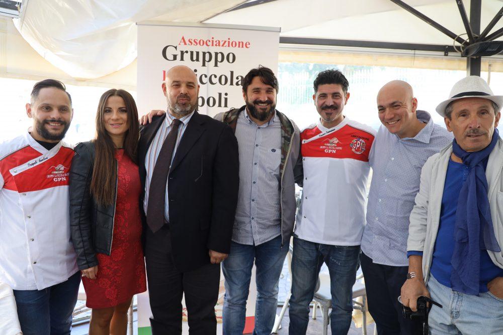La Piccola Napoli e i giornalisti