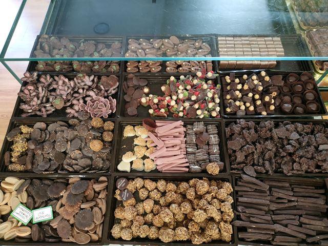 Nella Cioccolata - il bancone dei cioccolatini