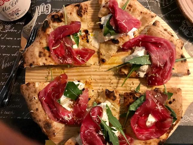 Pizzaingrammi Pozzuoli - Pizza Black Angus