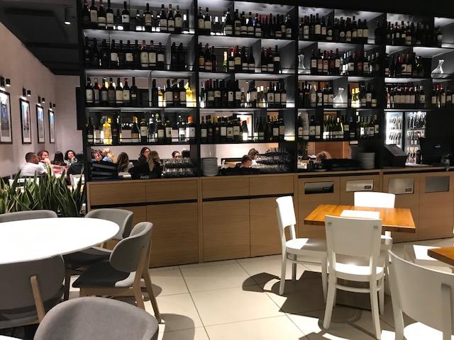 Pizzeria Francesco & Salvatore Salvo - particolare della sala