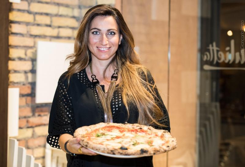 Francesca Marino e pizza