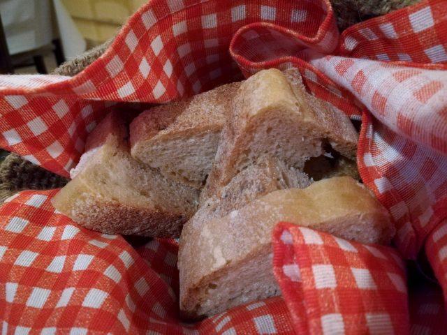 Machri - Antichi Sapori, La Polpettina, il pane