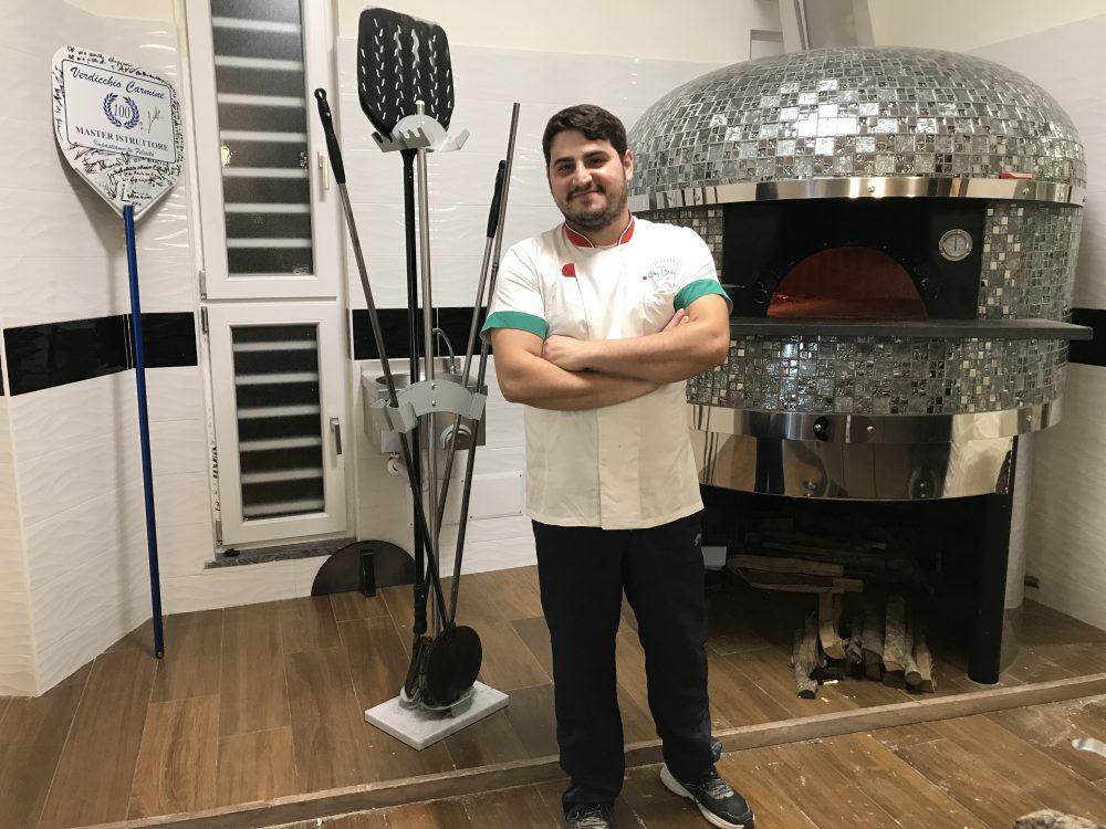 Pizzeria O' Capuzziello - Carmine Verdicchio