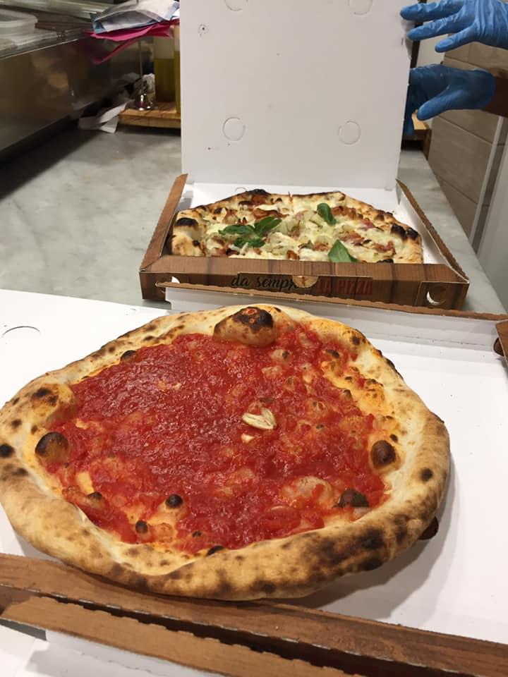 Pizzeria Scostumata, le pizze pronte per l'asporto