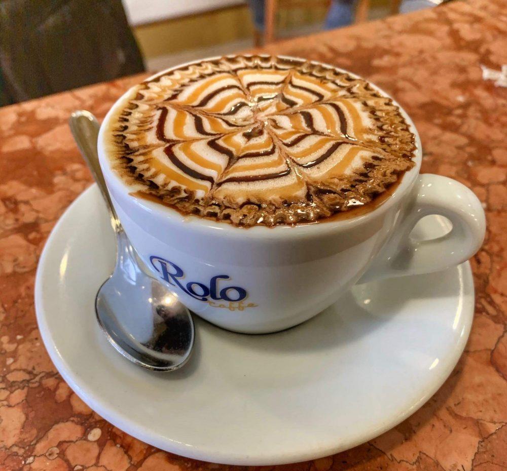 Happy Bar - cappuccino