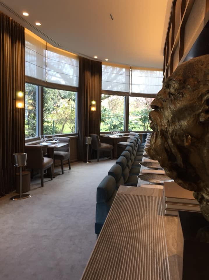 PavYllon a Parigi, la sala dal banco