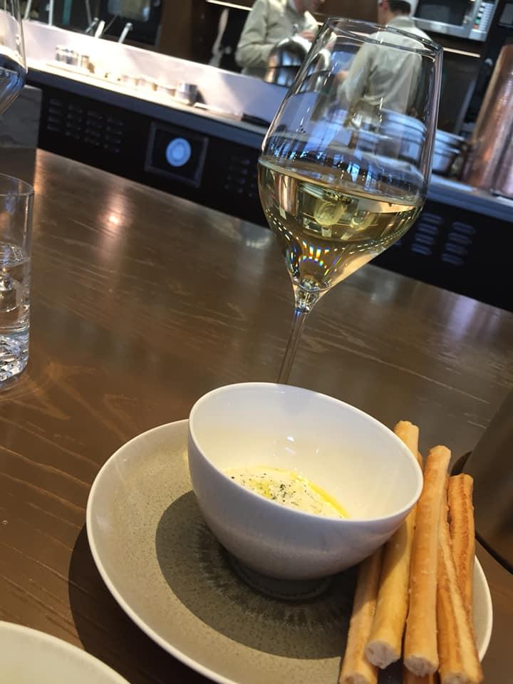 PavYllon a Parigi, aperitivo