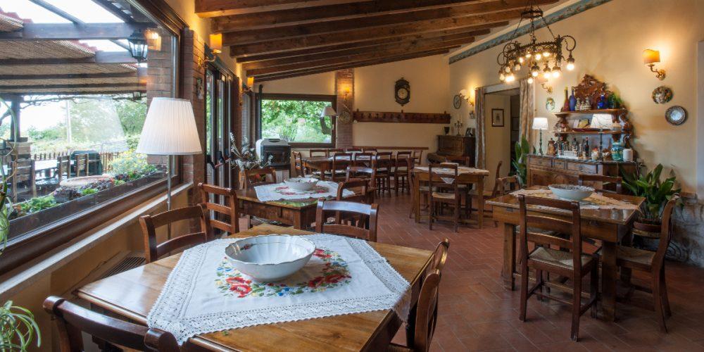Agriturismo Sorgituro - La sala ristorante