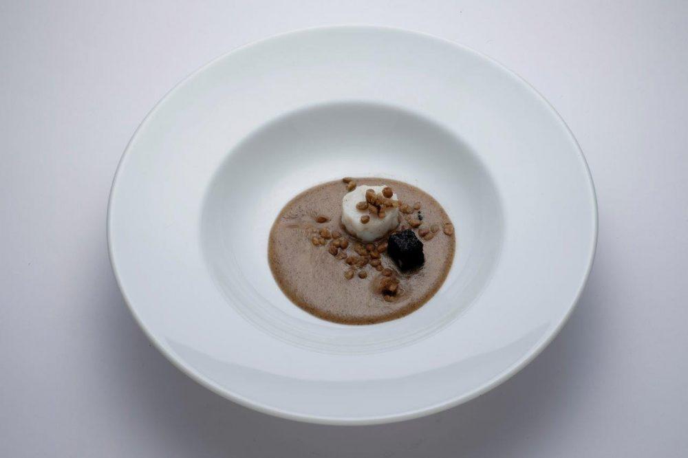 Di Porto in Porto-Cotechino di seppa con lenticchie e ceci neri, Omar Casali - Foto Marco Parollo - Les Bompart Produzioni