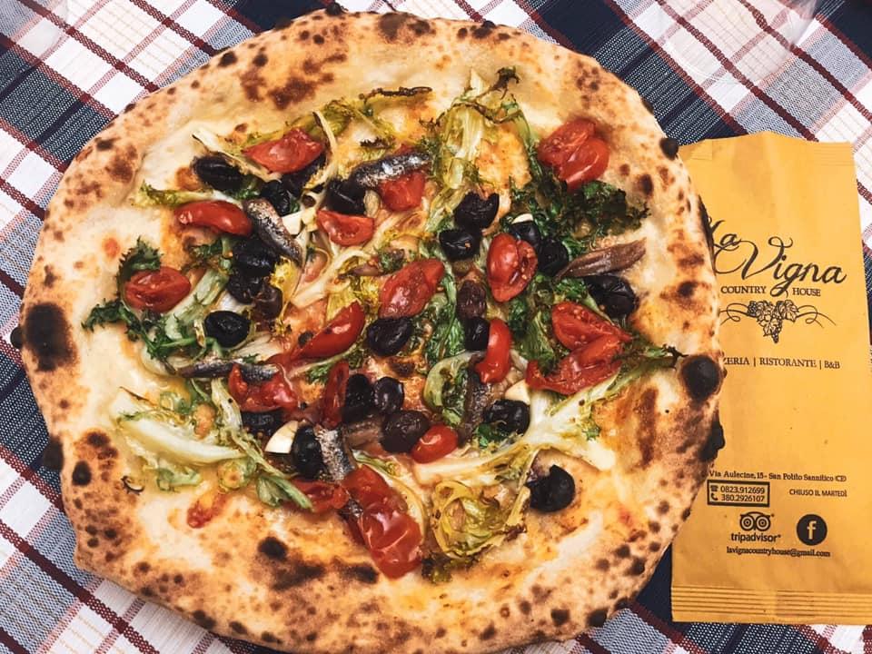 La pizza di Natale, La Vigna Country House