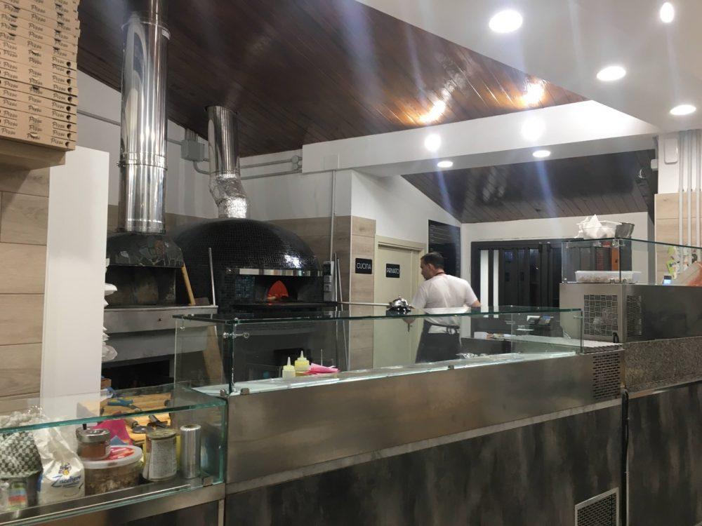Pizzeria Scostumata - Interno