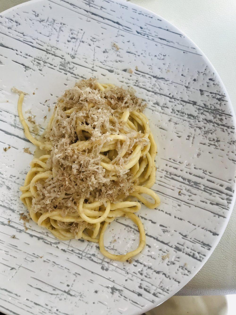 Rovy Ristorante - Tagliolini e tartufo bianco