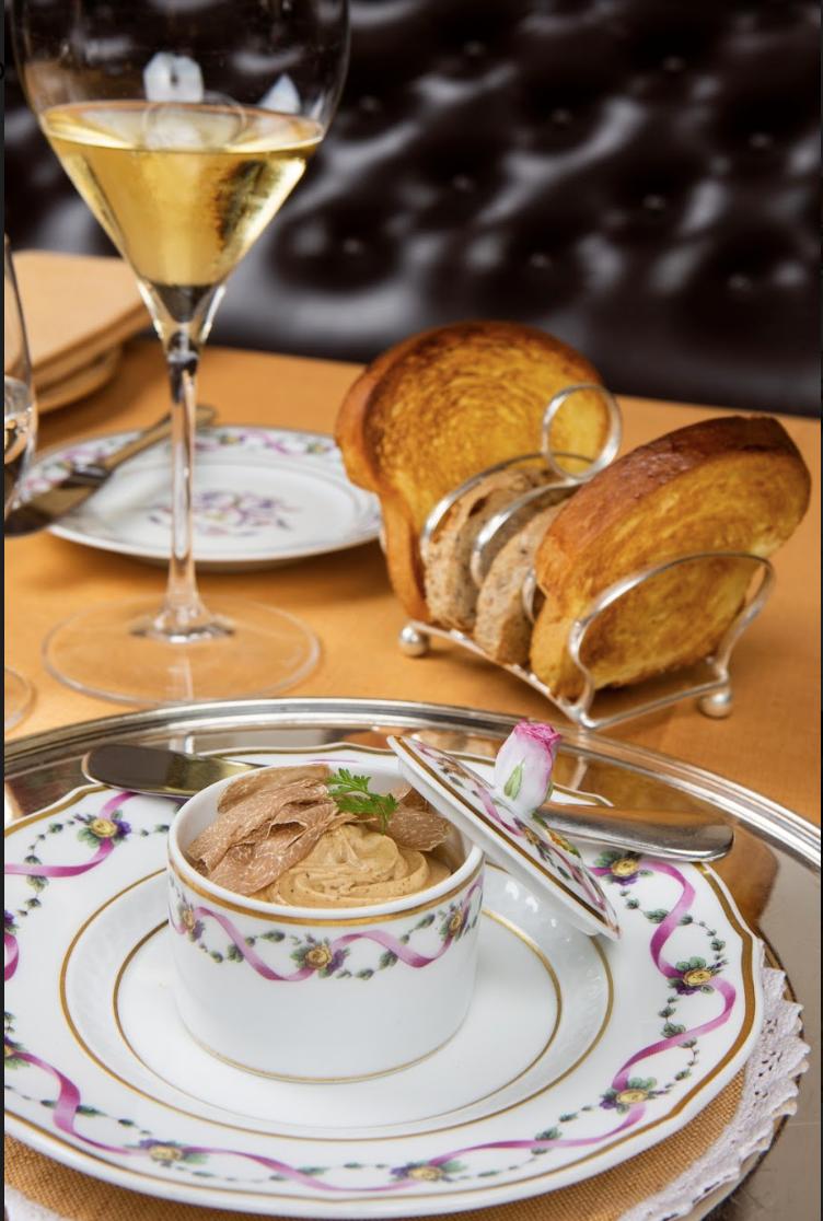 San Domenico - Pasticcio di Fegato d'oca in terrina, tartufo bianco e brioche tostata