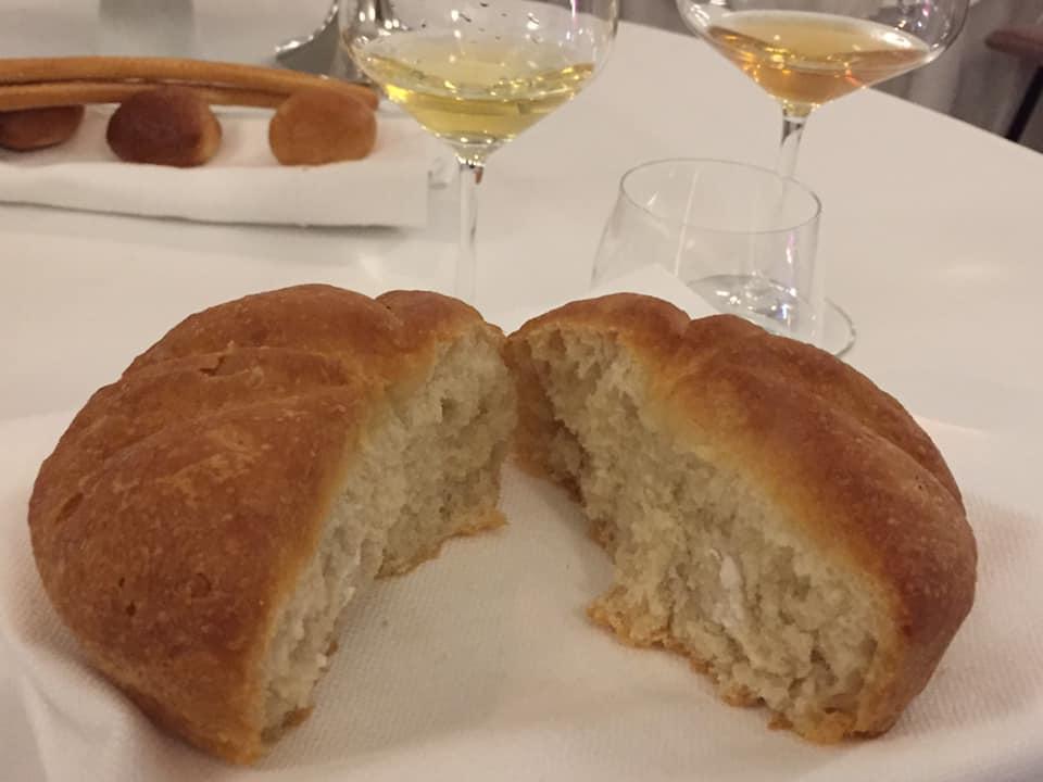 Ristorante Garo', il pane appena sfornato