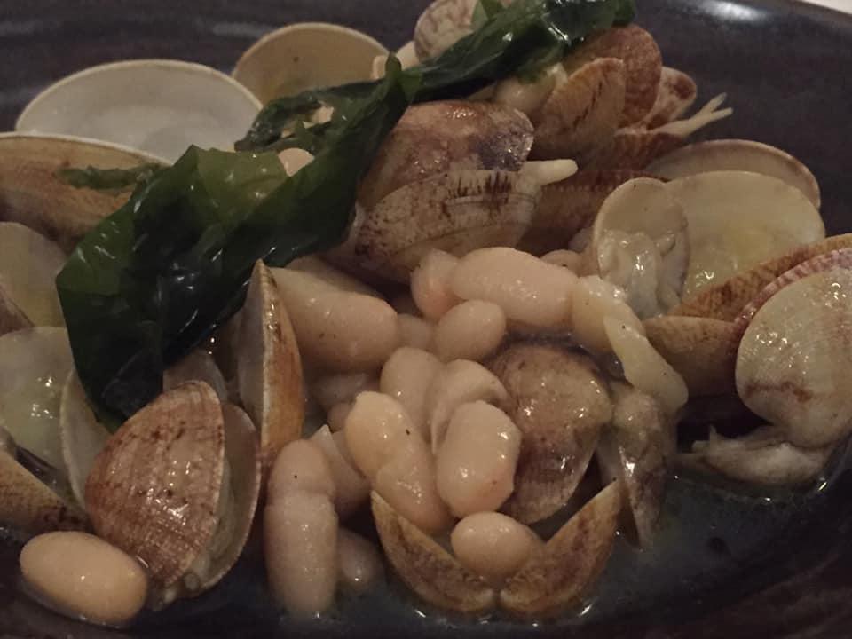 Ristorante Garo', la Zuppetta dell'Ostricaro fisico, con vongole, alghe e cannellini
