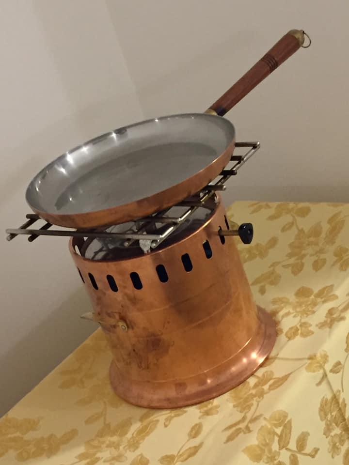 Ristorante Garo', il flambe' della sala vintage
