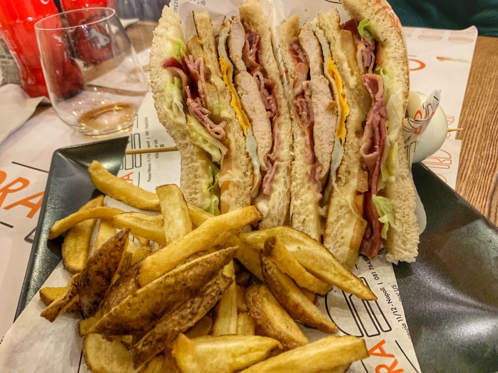Orange - club sandwich