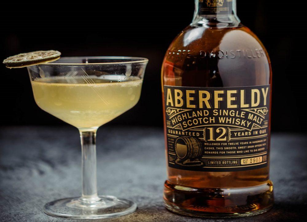 Cocktail whiskey Martini