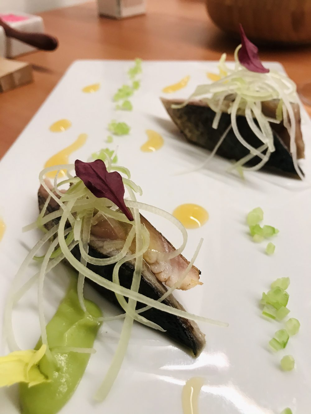 Contaminazioni Restaurant - Sgombro, sedano e cointreau