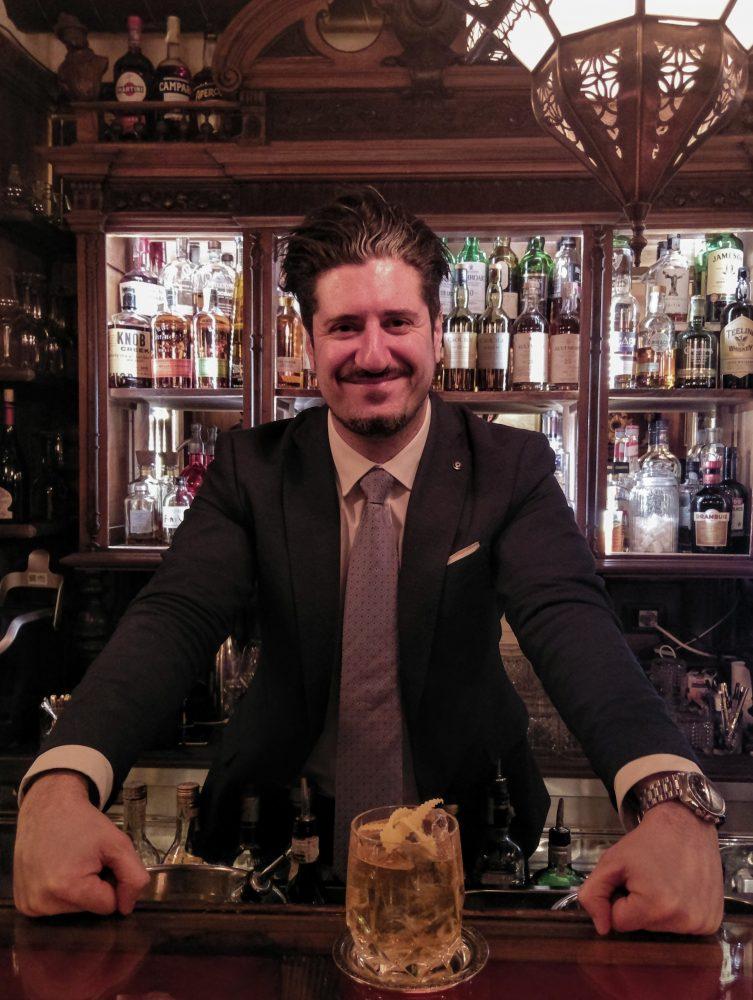Dario Paolucci barmanager del Wisdomless Club di Roma