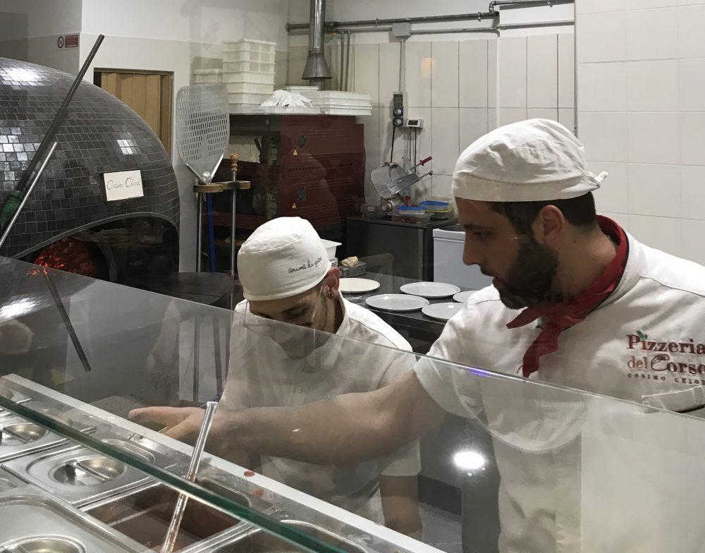 Pizzeria Del Corso - Cosimo Chiodi e collaboratore