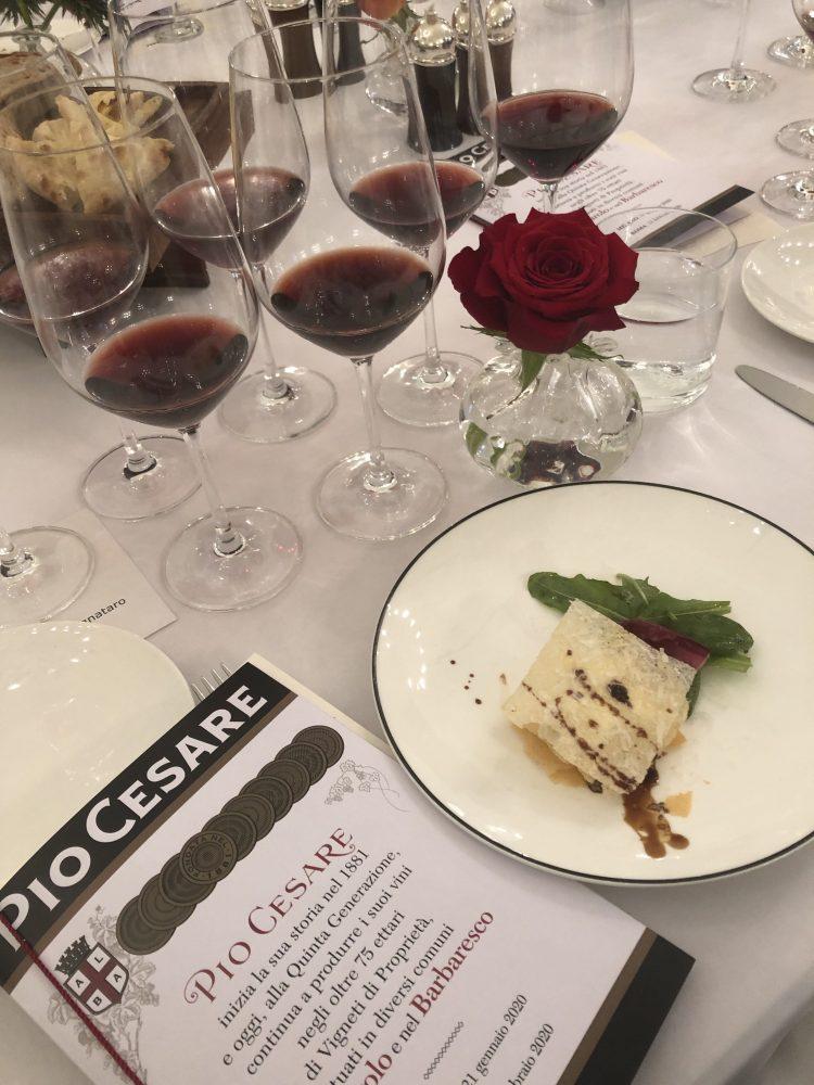Barolo ornato 2009 e Barolo Classico 2000 con parmigiana di Bra duro - chef Fulvio Pierangelin
