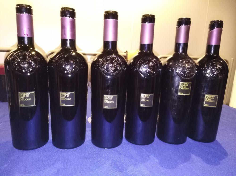 Berviamoci Sud Bottiglie di Patrimo in degustazione