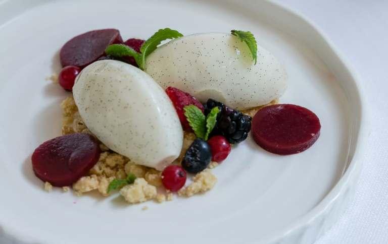 Casamare, Semifreddo allo yogurt e ai frutti di bosco