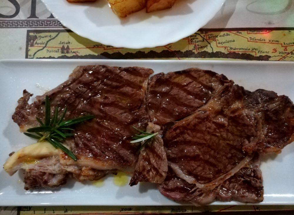 Eno B&B La Sosta di Silla - La bistecca della Fattoria della Rocca