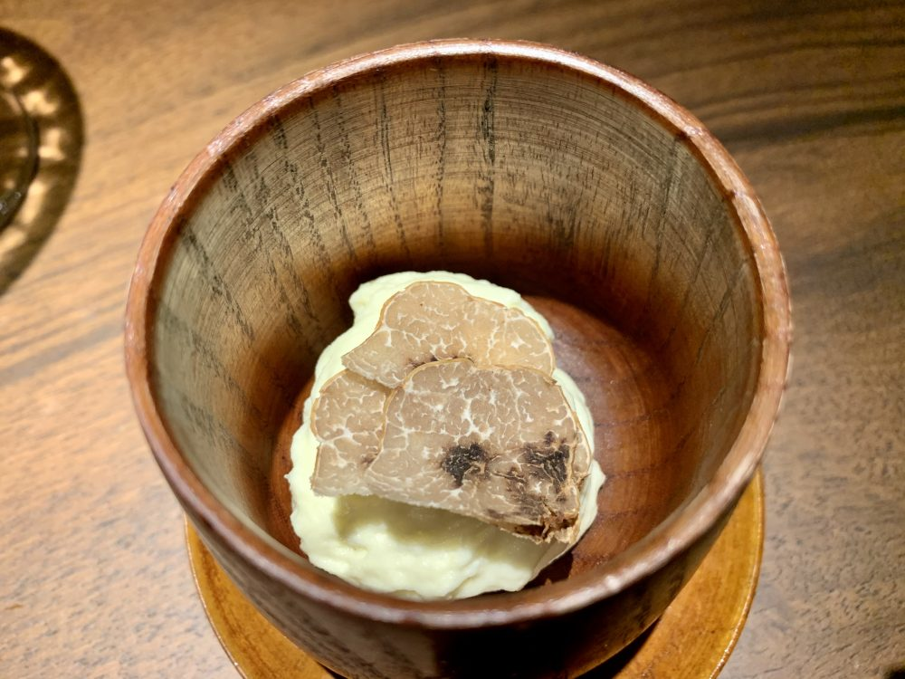 Hyle - Spuma di patata, porro, nocciola e tartufo bianchetto di verzino