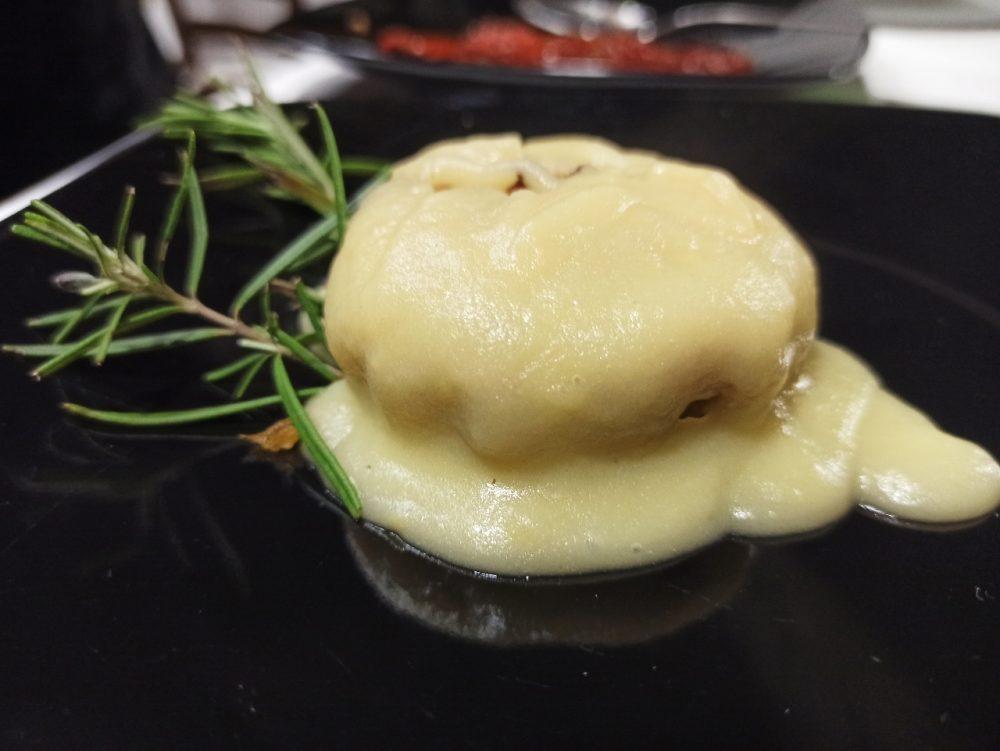 Al Poggio Antico - Patate, Ceci e Salsiccia di produzione propria